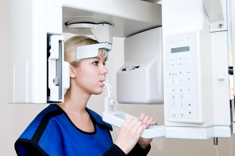 Tac cone beam allo Studio Dentistico Riva a figino serenza